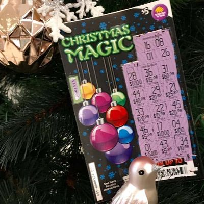 Celebrate Christmas in Scratchie style